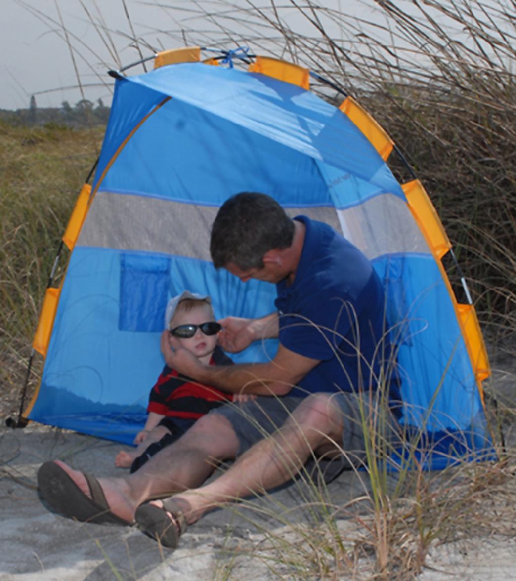 & Abo Gear Pocket Shelter Beach Shelter at SwimOutlet.com