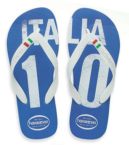 08416a0e718640 Havaianas World Cup Italy (Unisex) at SwimOutlet.com