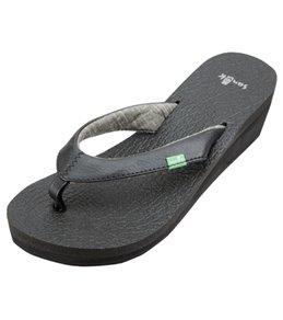 Sanuk Women's Yoga Mat Wedge Sandal