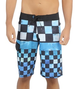 Quiksilver Men's Cypher DNA Board Shorts