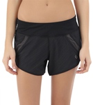 moving-comfort-womens-momentum-running-short