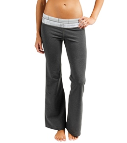 "The North Face Women's Tadasana VPR 32"" Yoga Pant"