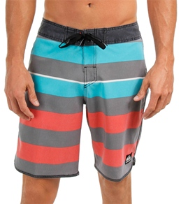 Quiksilver Men's Cypher Brigg Scallop Boardshort