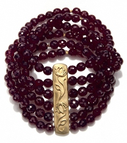 Satya Jewelry Fuschia Agate Ivy Layered Bracelet