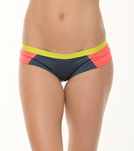 nike-beach-bondi-block-soft-bond-hipster-bottom