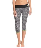 Trina Turk Coastal Wave Capri Leggings