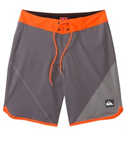 Quiksilver Men's AG47 New Wave Boardshort