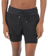 2XU Women's Freestyle Short With Compression