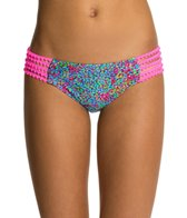 luli-fama-agua-dulce-pom-pom-full-bottom
