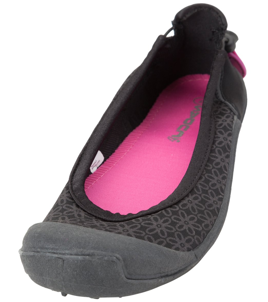Latest Designs Of Water Shoes For Women
